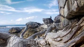Pantai Mong-mong
